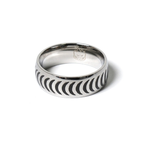 SPITFIRE / CRESCENT RING (STAINLESS STEEL)