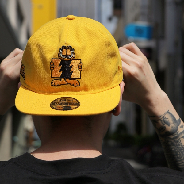 THE HUNDREDS   GARFIELD FLAG SNAPBACK CAP (ORANGE)   Feelin ... d648bb5cfe9b