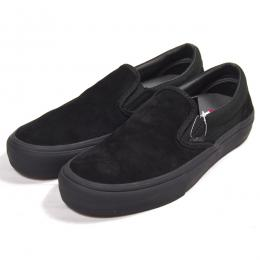 VANS / SLIP-ON PRO (BLACKOUT)